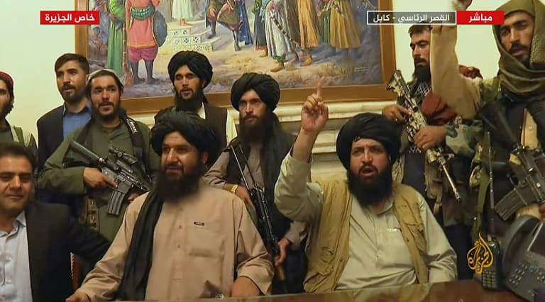 Afghanistan: Facebook prend des mesures pour combattre les contenus liés aux  Talibans