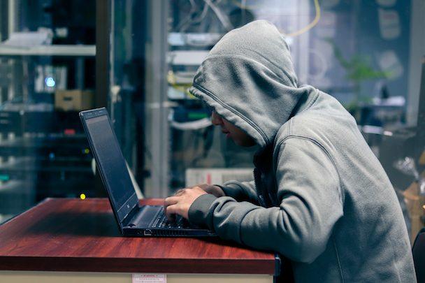 Cyberattaques, bugs… Immersion dans le quotidien des hackers éthiques, ces chevaliers blancs du net