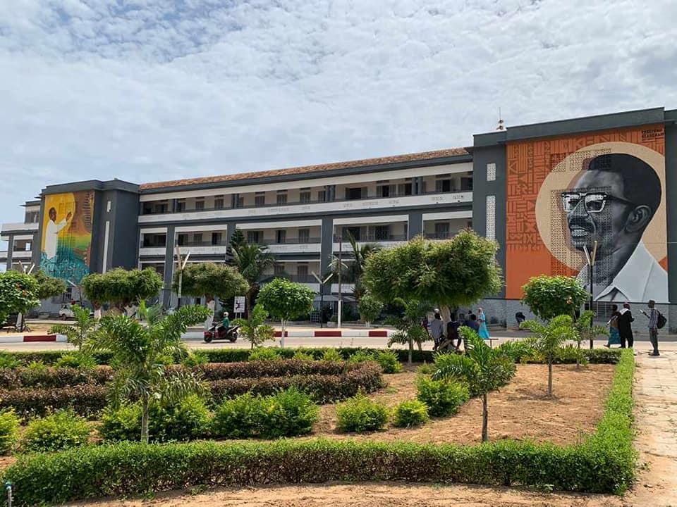 Etudier à l'Université Cheikh Anta Diop (UCAD) pour des titulaires de baccalauréats étrangers