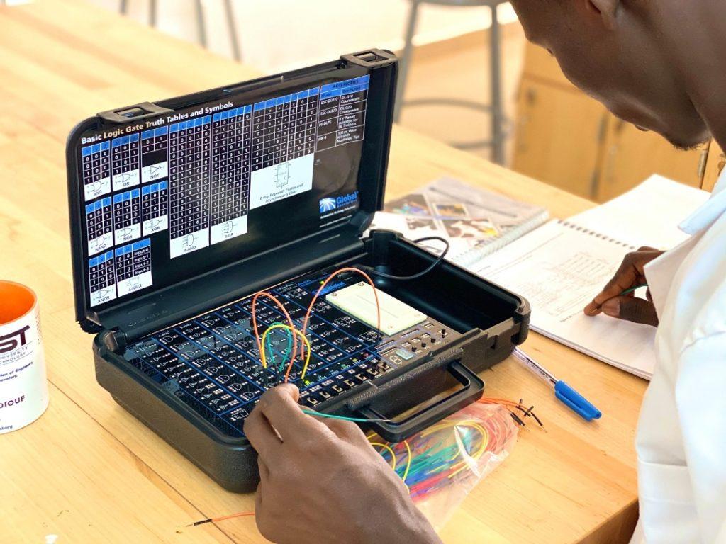 Ingénierie et sciences  : la DAUST University propose des formations de pointes